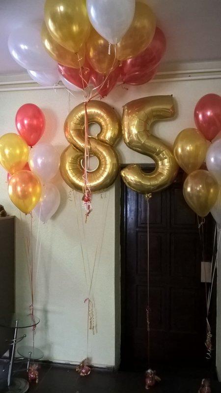 2 cipari + 2pušķi*5 baloniem +10baloni ar hēliju #761